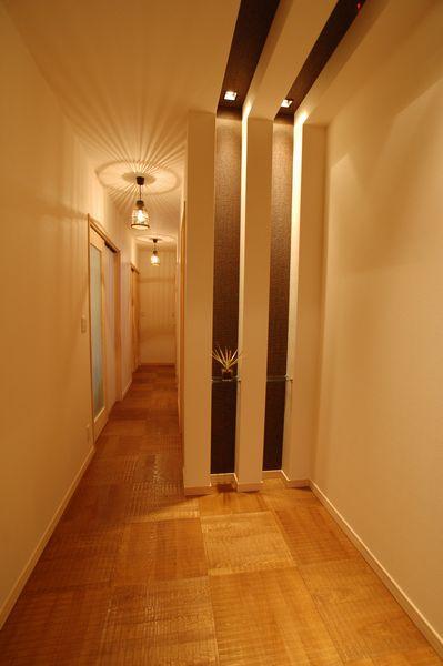 玄関・ホール